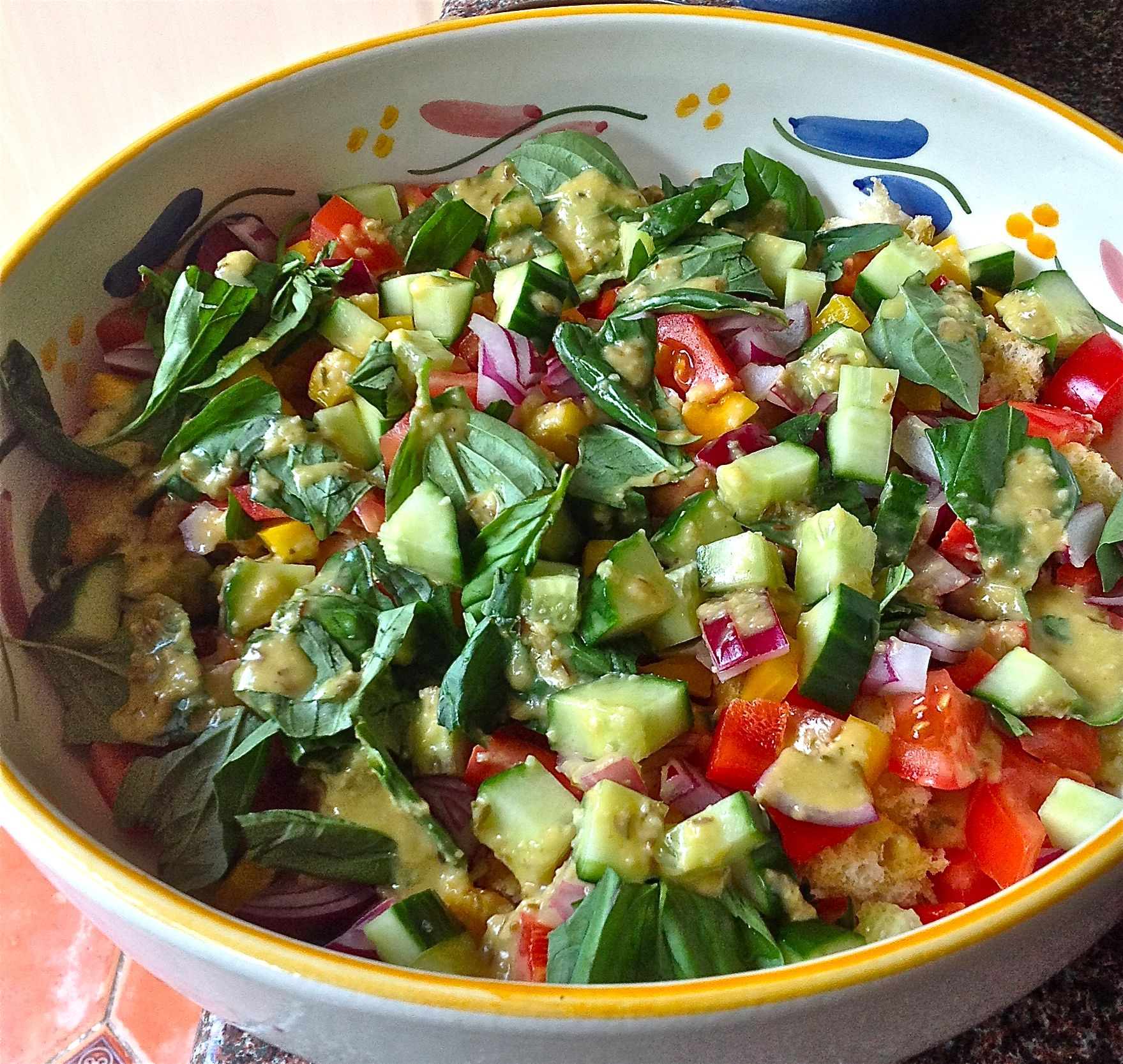 Gazpacho salad with all the tastes of gazpacho in the form of a salad