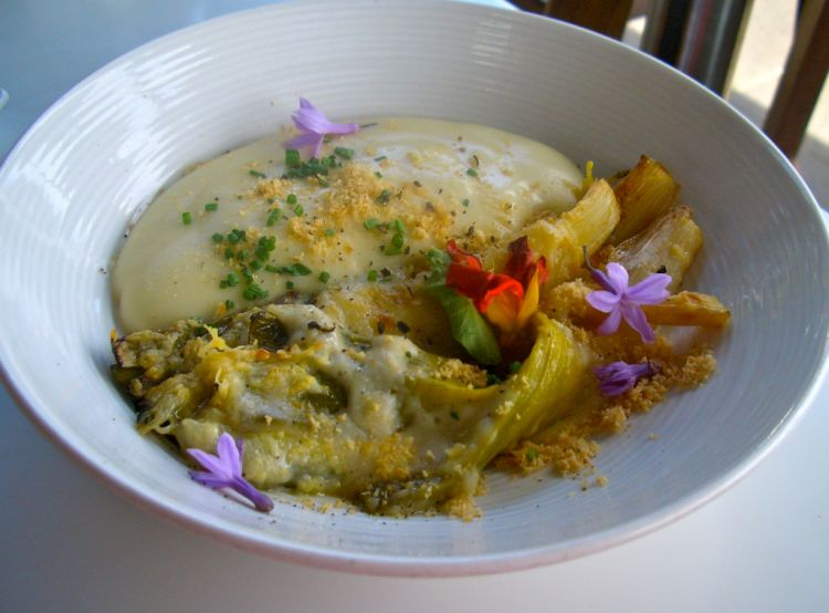 Delicious and beautifully creative leek gratin