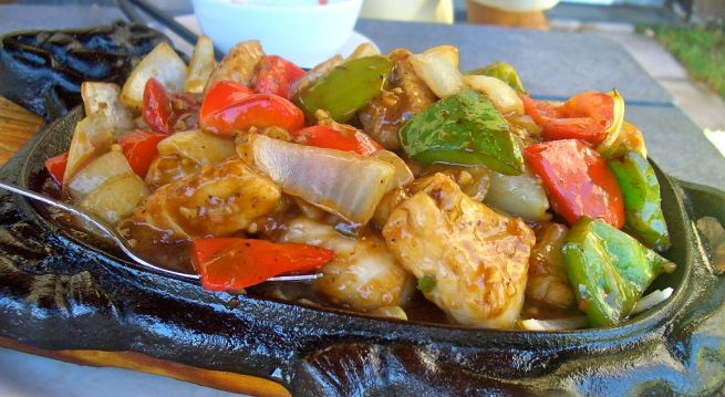 Simply the best kingklip...sizzling hot and packed with Chinese flavours