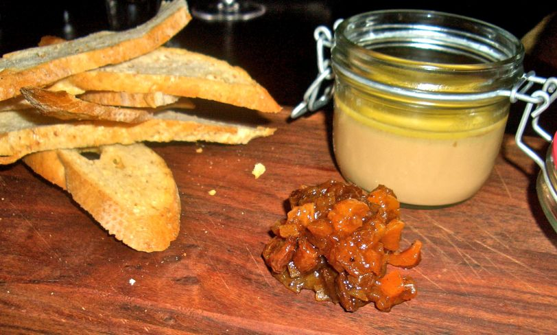 Chicken liver parfait with pear and apricot chutney