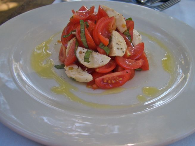 Bocconcini salad: Buffalo Mozarella tossed with cocktail tomatoes with fresh basil, olive oil and minced garlic