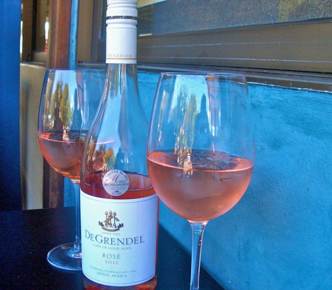 A bottle of De Grendel rose makes for the perfect lunch