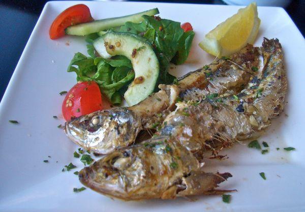 Chilli and garlic sardines