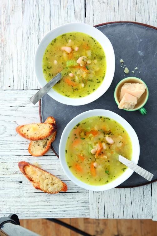 Zesty soup with Parmesan